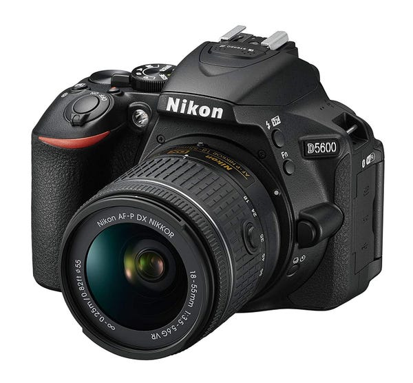 NIKON D5600 レンズキット 一眼レフ