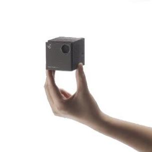 超小型レーザープロジェクター SmartBeamLaser