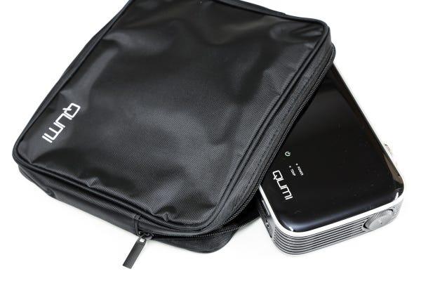 Vivitek QUMI Q8 モバイルプロジェクター