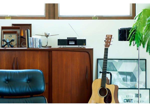 TOSHIBA ハイレゾ対応SD/USB/CDラジオカセットレコーダー TY-AK1
