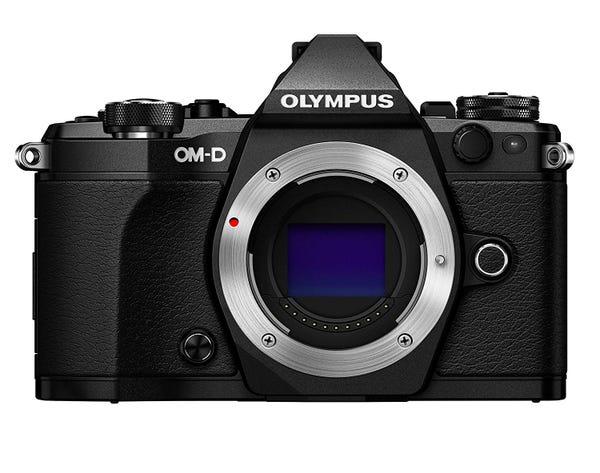 OLYMPUS E-M5 Mark II ボディ ブラック ミラーレス一眼